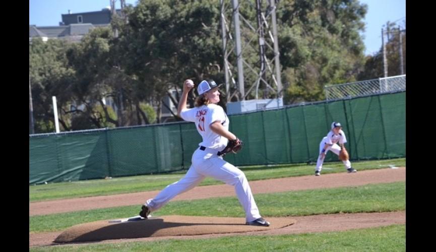 Paloma pitching SF