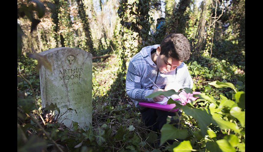 Palmer_B_20150119_East_End_Cemetery_work_day_Richmond_VA_5D_0085