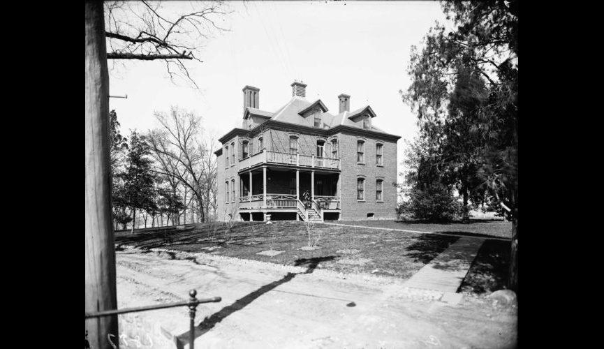 Burroughs-Cottage