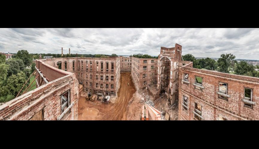 Center-Building-ruin